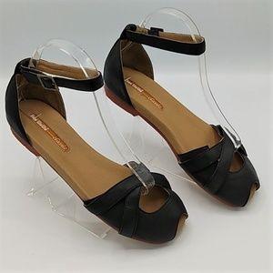 Anthropologie Gee WaWa  Ankle Strap Sandals sz 9